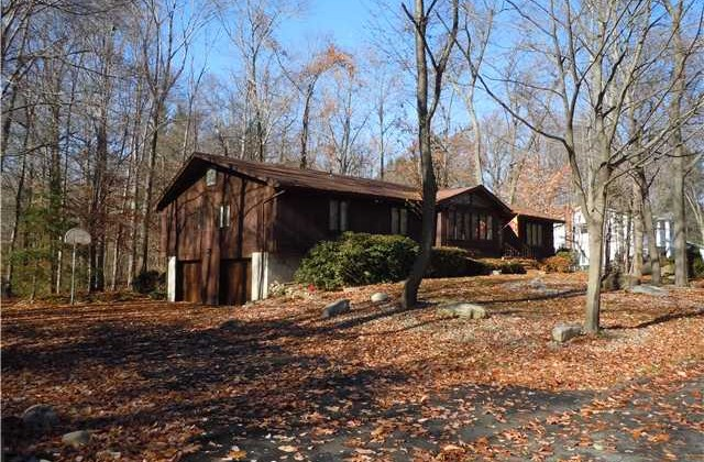 Under Contract – Spacious 65ft Ranch in New City, NY